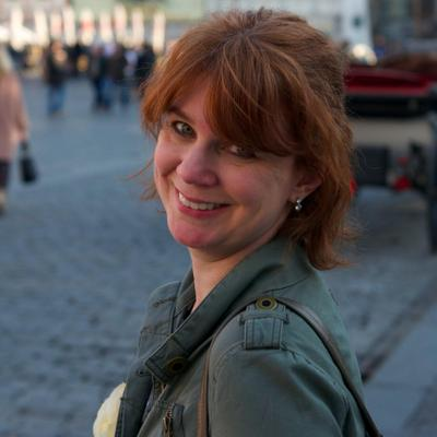 Julie Joyce Profile